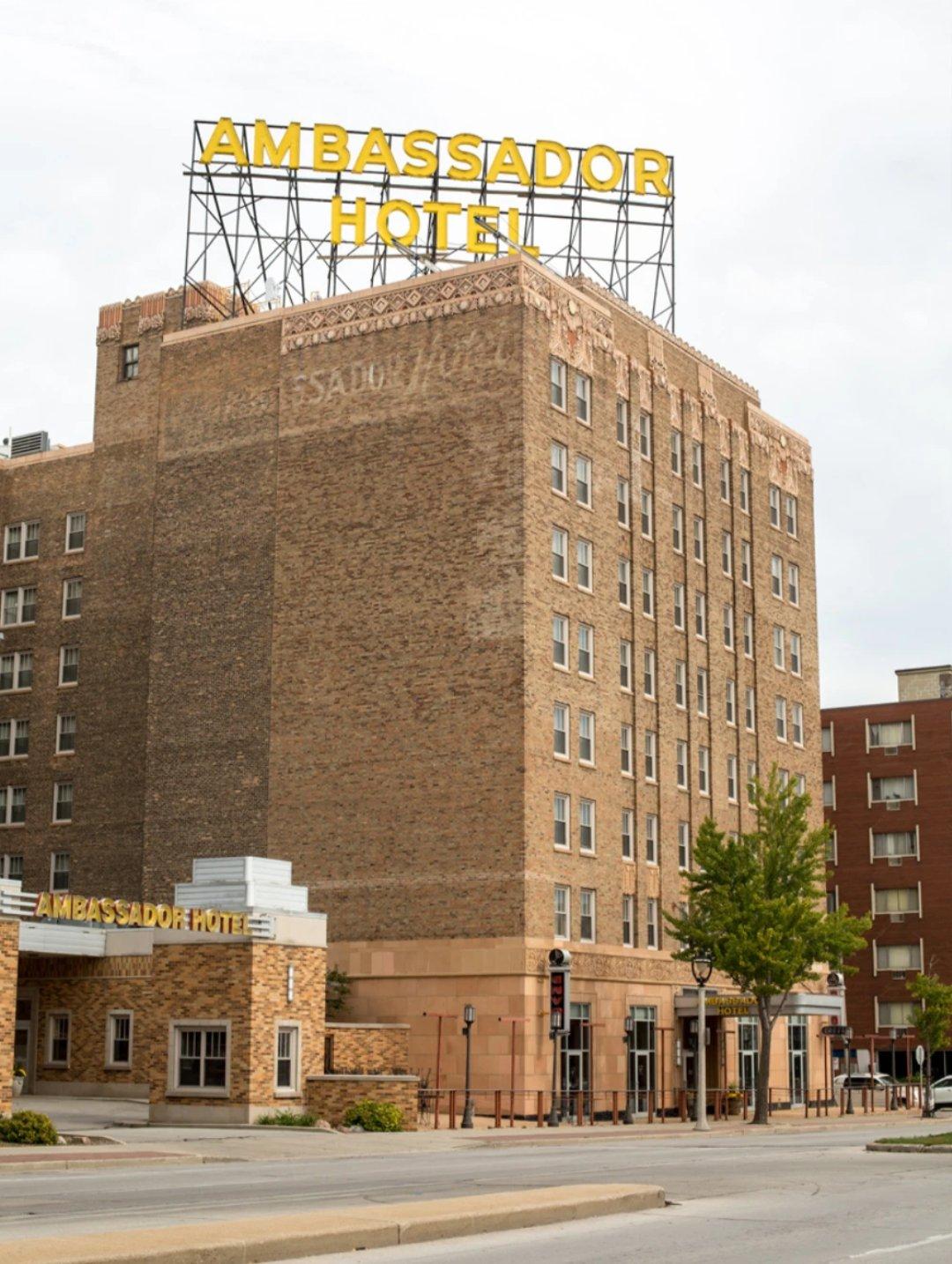 Ambassador Hotel | Milwaukee, Wisconsin